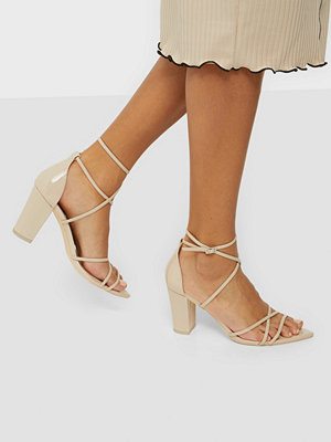 NLY Shoes Be Aware Block Heel