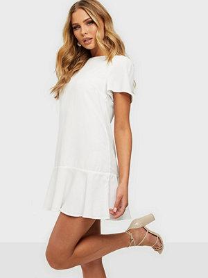 NLY Trend Flounce Me Dress