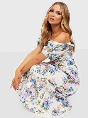 NLY Trend Precious Floral Dress