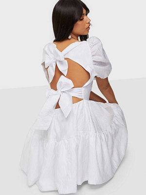 Vero Moda VMJULIA 2/4 PUFF 7/8 DRESS WVN GA