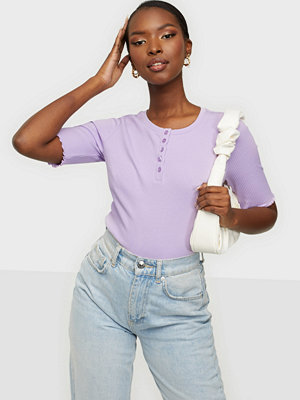 Pieces PCLUCA SS HALF PLACKET TEE BC