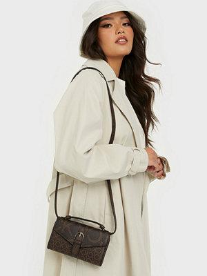 Calvin Klein mönstrad väska WALLET MINI BAG W/FLAP MONO SCL