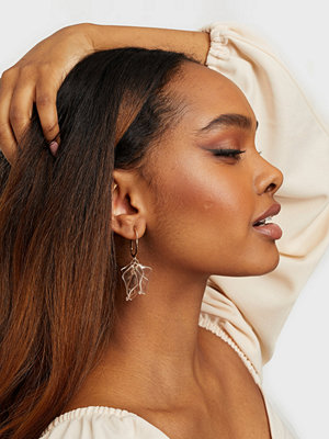 NLY Accessories smycke Clear Petals Earring