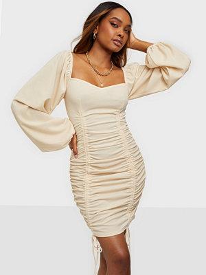 NLY Trend Soft Ruche Tie Dress