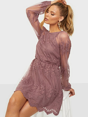NLY Trend Floral Mesh Dress