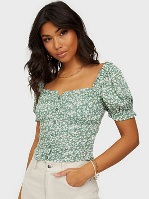 NLY Trend Flirty Button Blouse