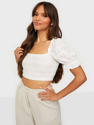 NLY Trend Embroidered Cropped Top