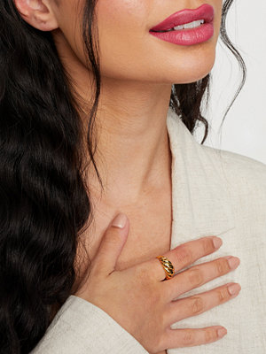 Muli Collection smycke Bold Croissant Ring
