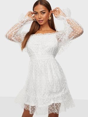 Festklänningar - Parisian Polka Dot Mesh Bardot Dress