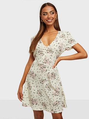 Missguided Half Button Tea Dress Rose