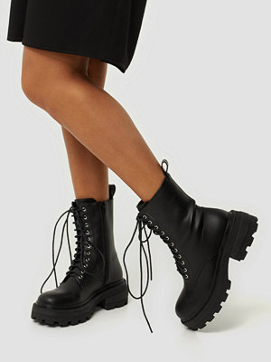 Boots & kängor - Missguided Chunky Sole Wrap Ankle Boots