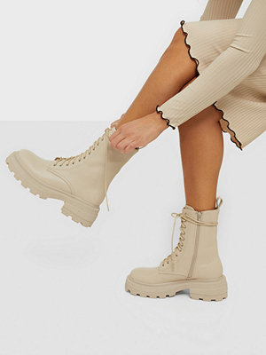 Missguided Chunky Sole Wrap Ankle Boots