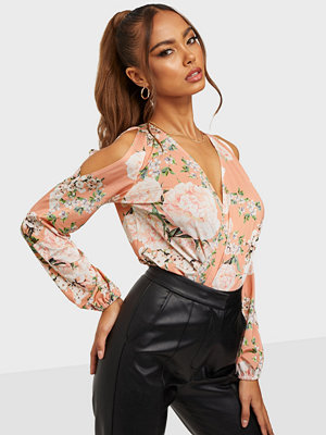NLY One Bare Shoulder Print Body