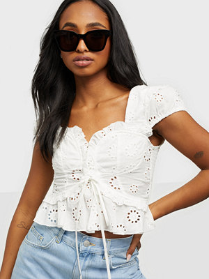 Love Triangle Veronica Broderie Top