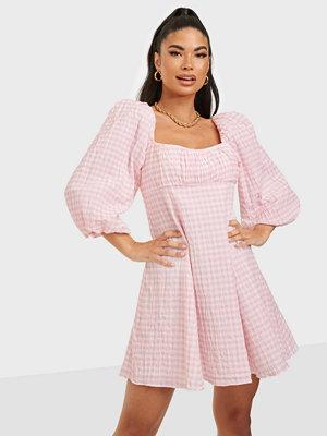 Forever New Kinsley Scoop Neck Mini Dress