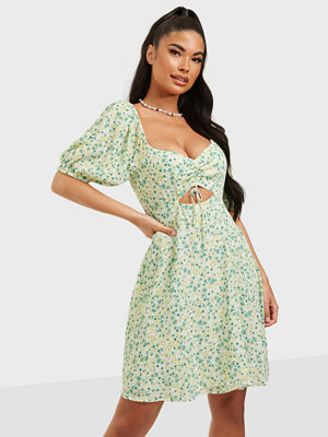 Forever New Kelly Cut Out Skater Dress