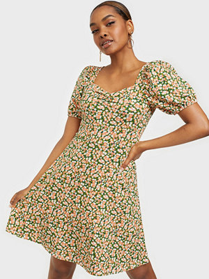 Only ONLTHEA LIVE LOVE LIFE PUFF DRESS