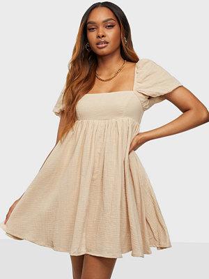 Kiss The Sky Puff Sleeve Texture Dress