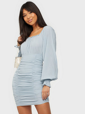 NLY Trend Square Neck Ruched Dress