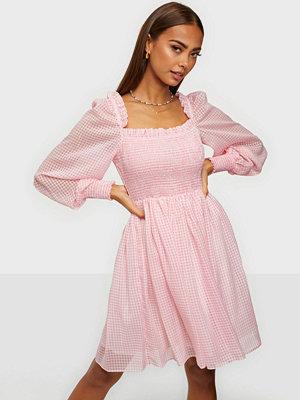 By Malina Leonita dress