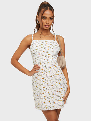 Missguided Floral Strappy Cami Dress