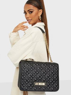 Love Moschino omönstrad väska QUILTED BAG