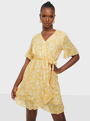 Sisters Point New Greto Dress