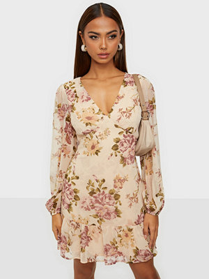 NLY Trend Date Me Flounce Dress
