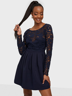 NLY Trend Dressed Up Lace Dress
