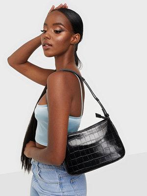 Unlimit svart mönstrad väska Shoulder bag Kerry