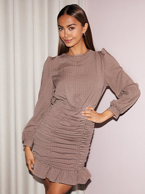 NLY Trend Ruche Dress