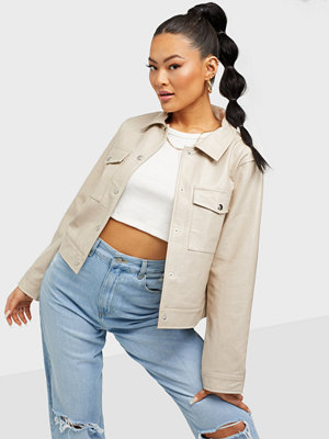 NLY Trend Cropped Vinyl Jacket