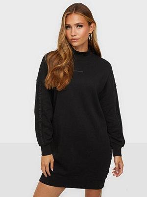Calvin Klein Jeans LOGO TRIM MOCK NECK DRESS