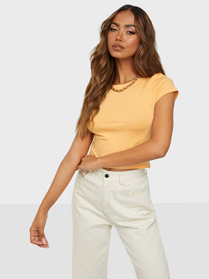 NLY Trend perfect cropped tee