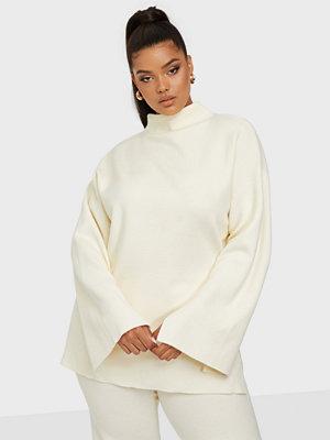 Bianca x Nelly.com Cozy knit sweater
