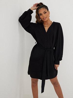 Only ONLMETTE L/S SHIRT DRESS WVN