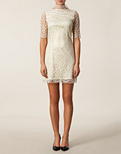 Zetterberg Lace Dress