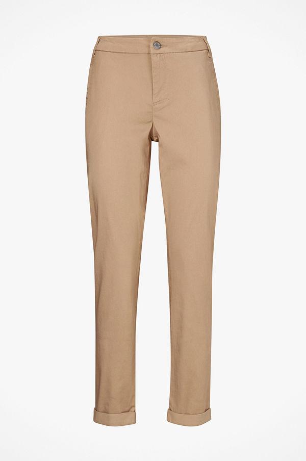 Vila beige byxor Chinos viChino 7 8 Pants - Byxor online - Modegallerian f46cb82271c6a