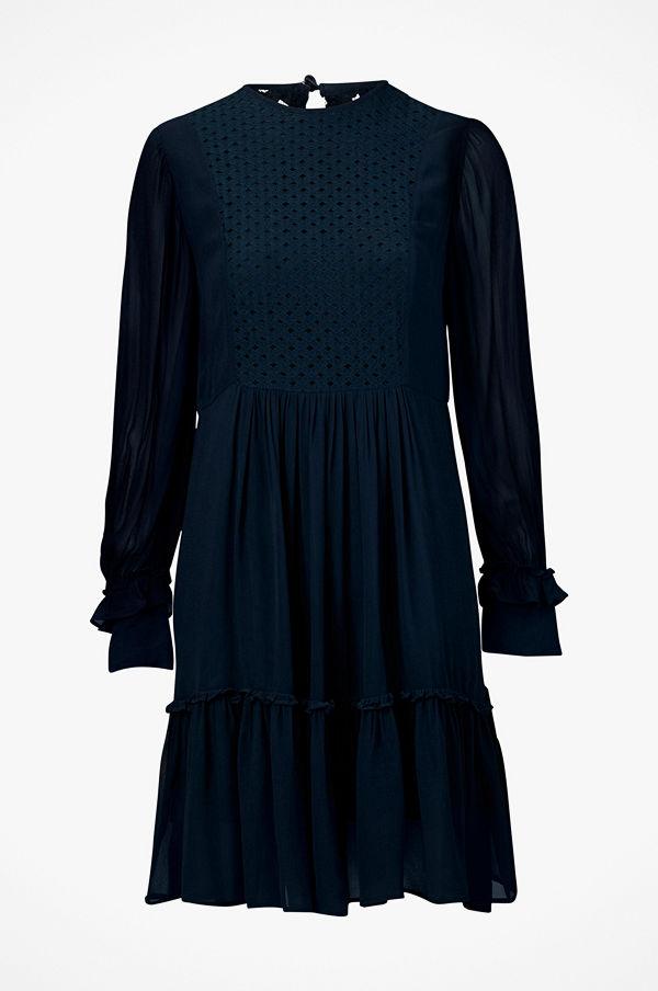 Munthe Klänning Penny Dress - Modegallerian f9361f6d2bbc0