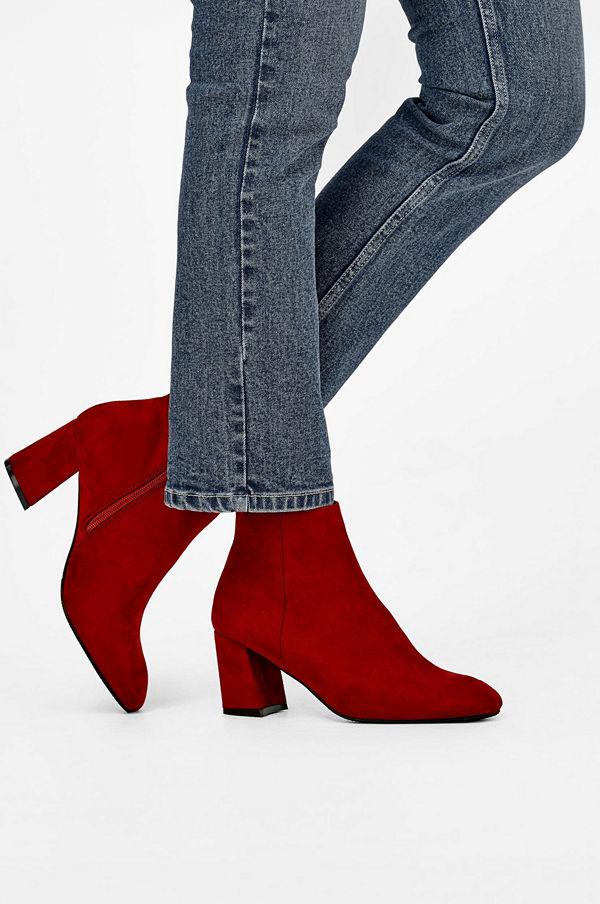 Ellos Boots Sunday