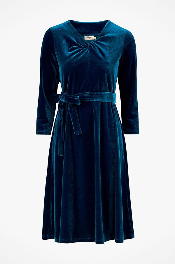 Jumperfabriken Klänning Isan Velvet Dress - Festklänningar online ... 96f93a6a10072
