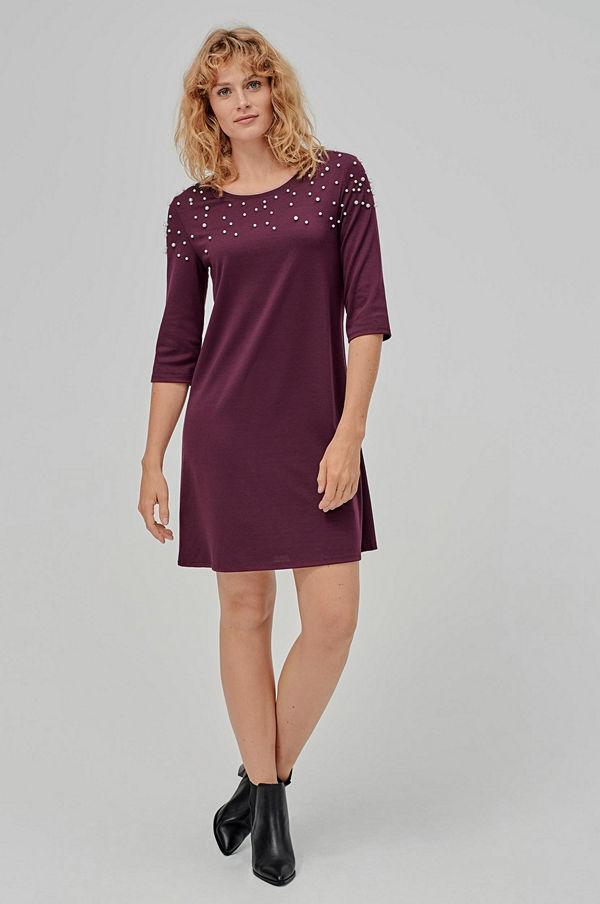 vila klänningar online