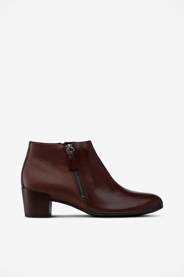 Ecco Boots shape 35