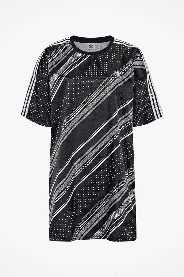 e2f4dba3736 Adidas Originals Klänning Trefoil Dress - Klänningar online ...