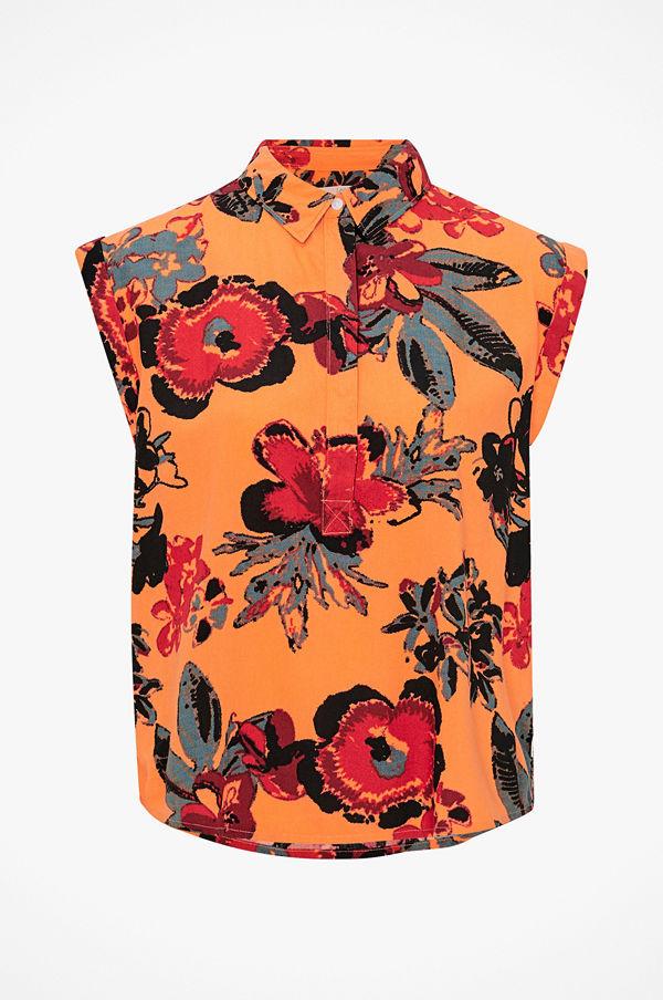 Lee Blus Floral Blouse