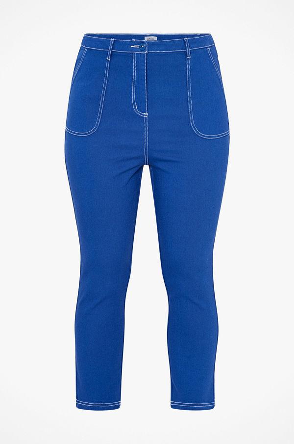 La Redoute Mom jeans med kontrastfärgade stickningar