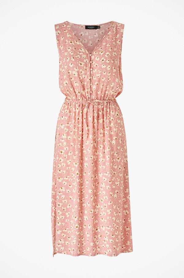 Soaked in Luxury Klänning SLJacinto Dress