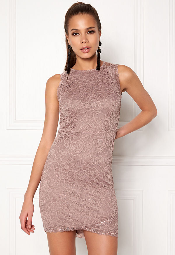Bubbleroom Salma Lace Dress