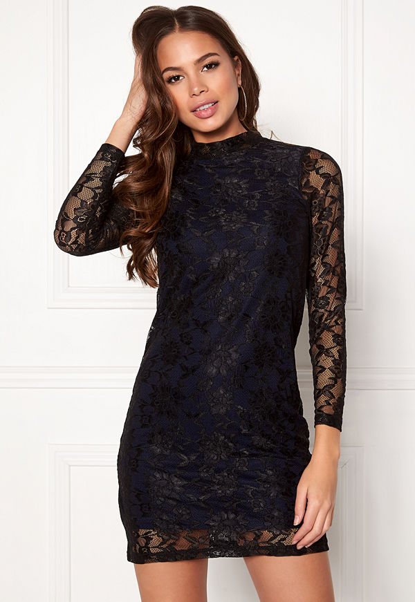 Happy Holly Annabel lace dress