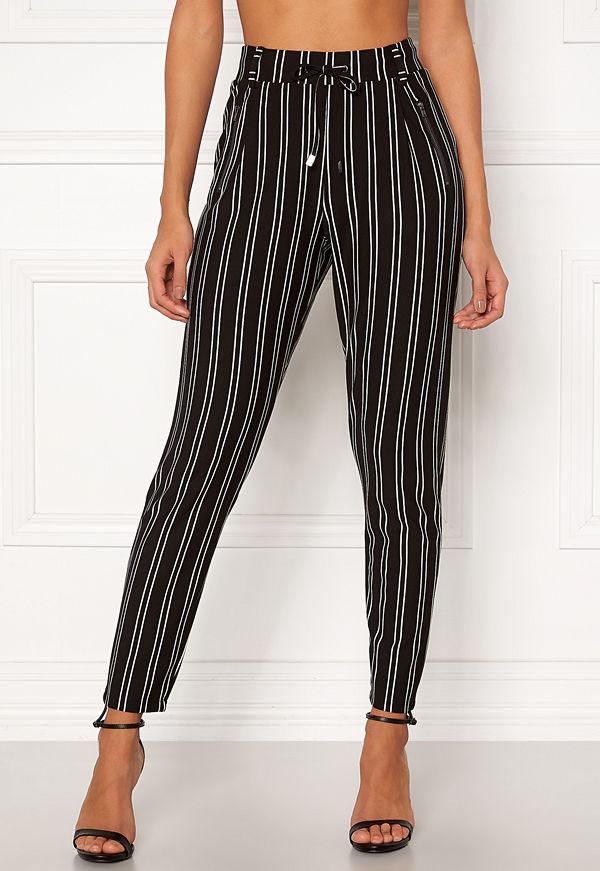 Happy Holly svarta randiga byxor Cleo Trousers Striped